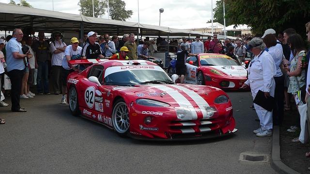 sportovní automobil viper