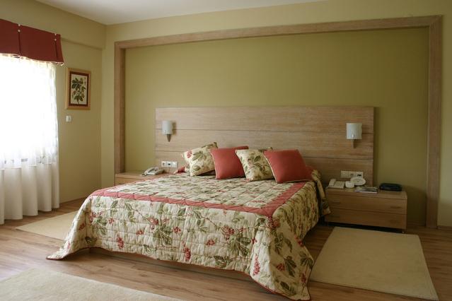 ložnice, celkem pěkně upravená, prostorná